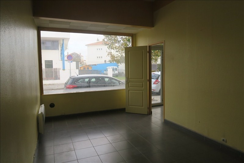 Location local commercial Royan 590€ HT/HC - Photo 3