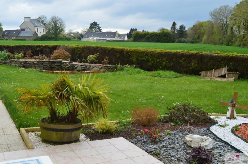 Sale house / villa Ploudiry 186900€ - Picture 8