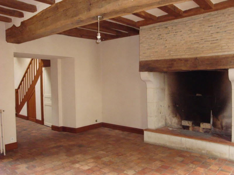 Rental house / villa Seiches sur le loir 665€ CC - Picture 3