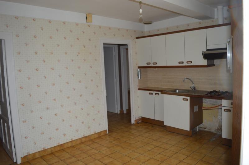 Sale house / villa St thonan 127200€ - Picture 3