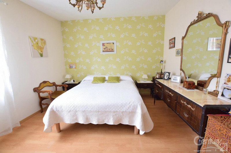 Sale house / villa St romain en gier 133000€ - Picture 5