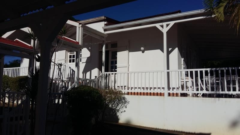 Deluxe sale house / villa Ste anne 832 000€ - Picture 3