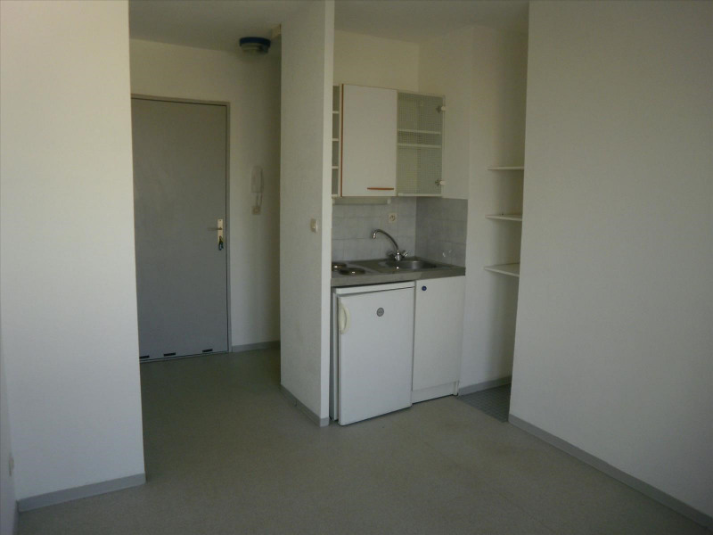 Location appartement Albi 355€ CC - Photo 1