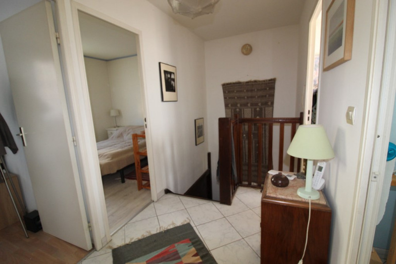 Vente maison / villa Hyeres 315 000€ - Photo 12