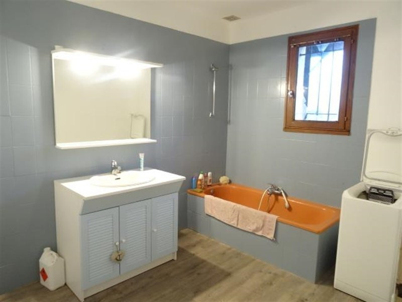 Sale house / villa Peynier 389000€ - Picture 3