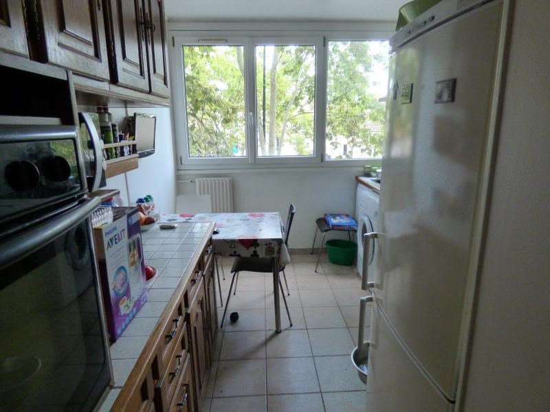 Sale apartment Colombes 273000€ - Picture 4