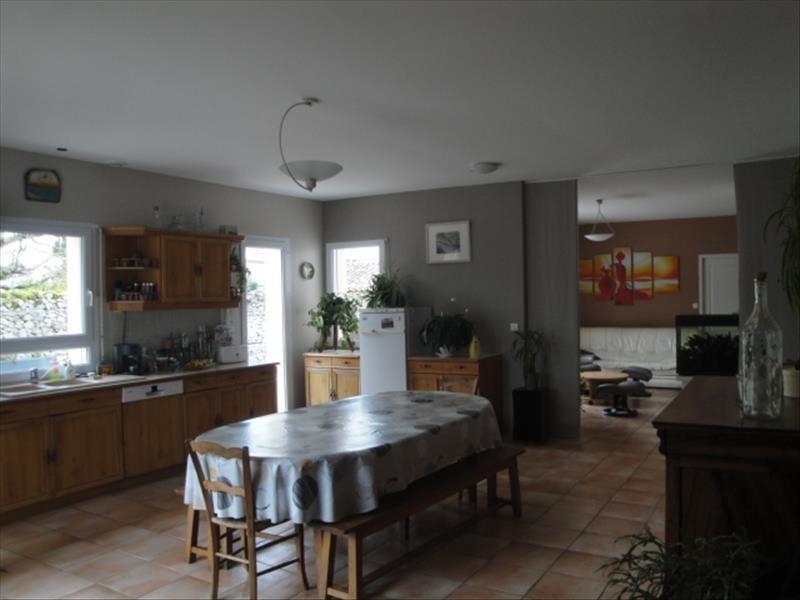 Vente maison / villa La creche centre 260000€ - Photo 2