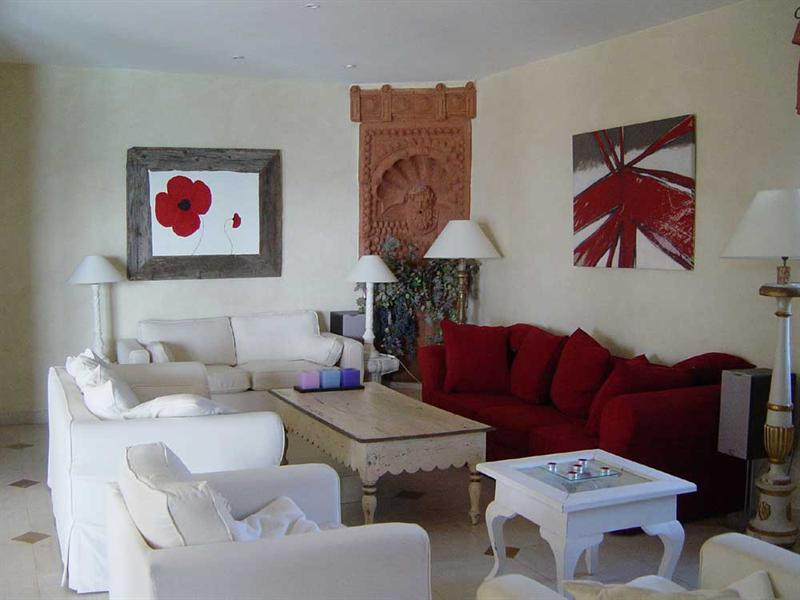 Vacation rental house / villa Cavalaire sur mer 5 500€ - Picture 4