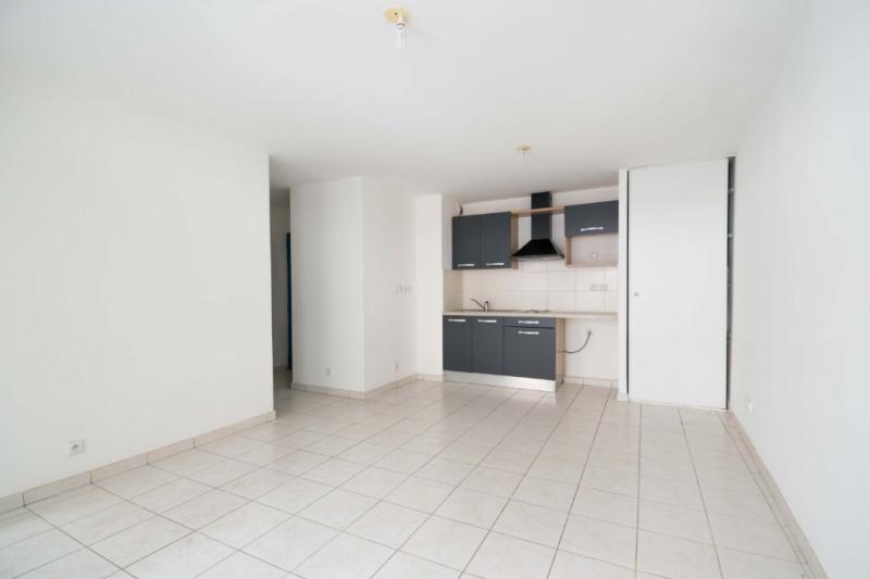 Sale apartment Sainte clotilde 75000€ - Picture 3