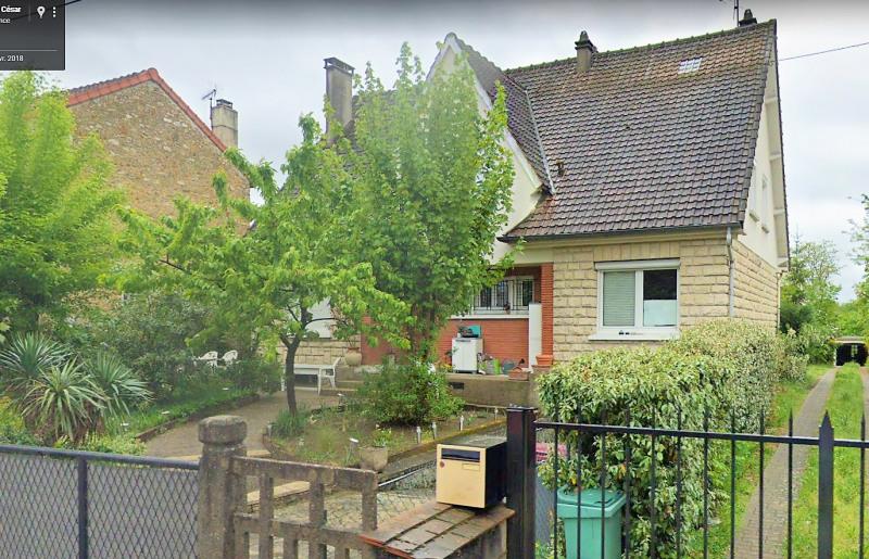 Location appartement Beauchamp 793€ CC - Photo 1