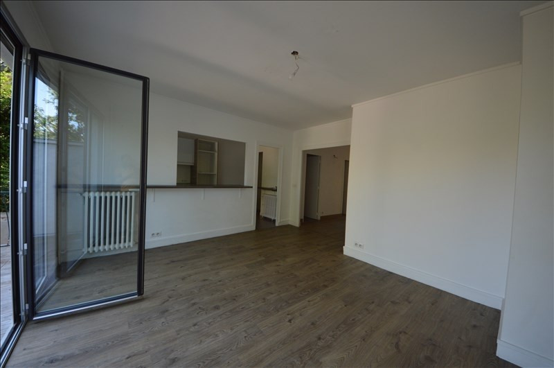 Deluxe sale apartment Suresnes 1 185 000€ - Picture 3