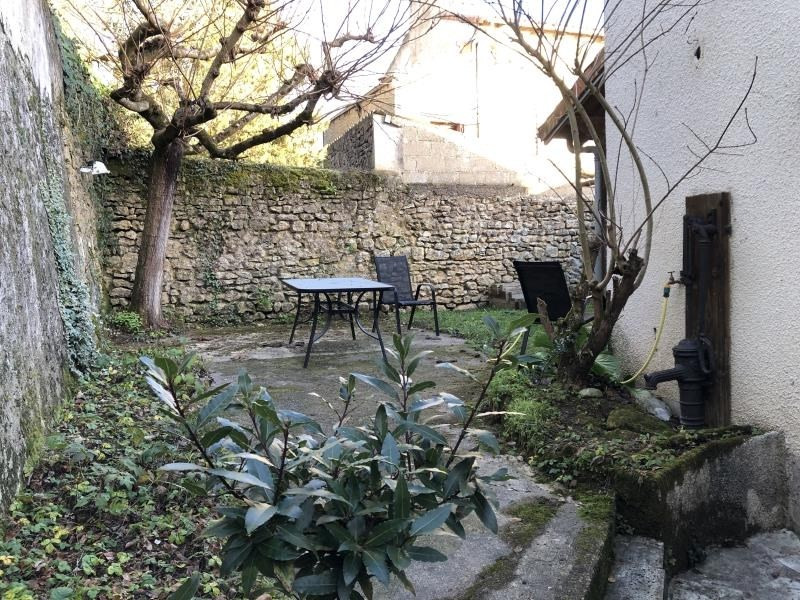 Sale house / villa Liguge 180000€ - Picture 2