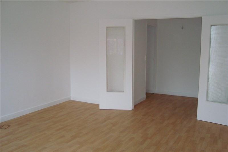 Affitto appartamento Le pecq 780€ CC - Fotografia 2