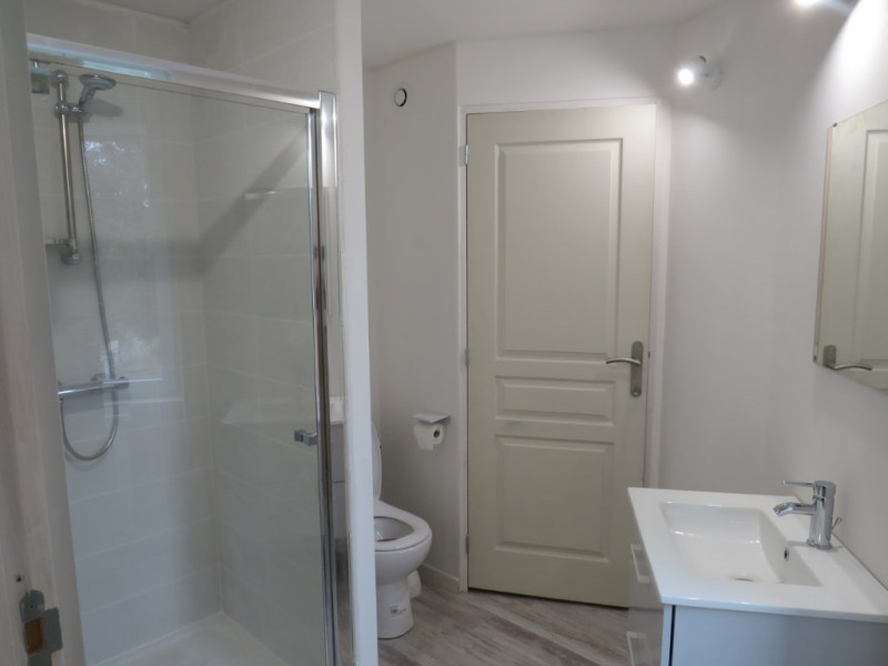 Location maison / villa Courbeveille 410€ CC - Photo 3