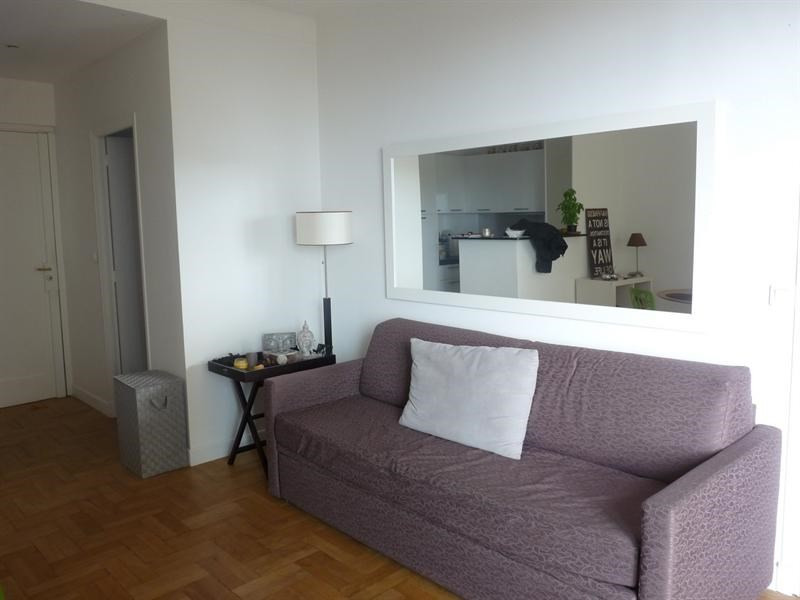 Sale apartment Nice 260 000€ - Picture 2