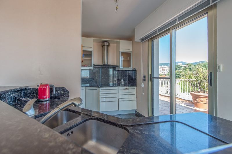 Deluxe sale apartment Nice 799000€ - Picture 8