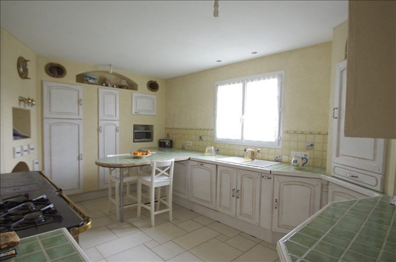 Sale house / villa Bords 169000€ - Picture 3