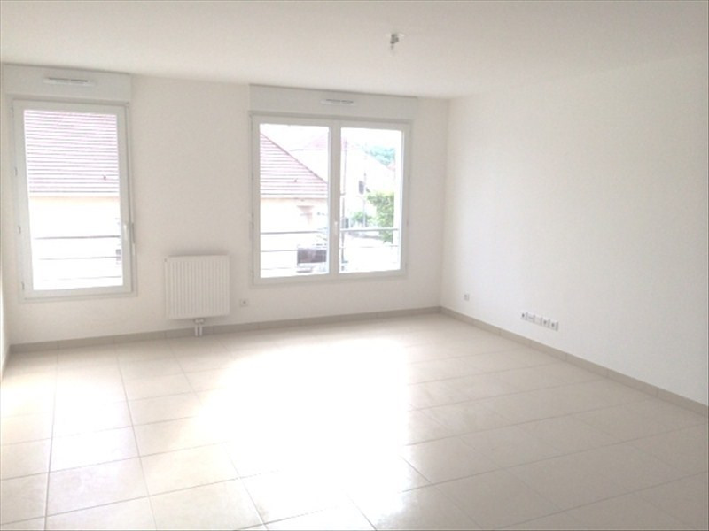 Rental apartment Athis mons 940€ CC - Picture 3