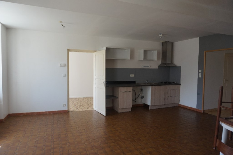 Location maison / villa Courbeveille 600€ CC - Photo 1