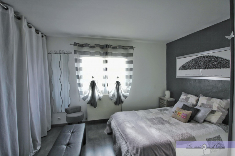 Vente maison / villa Roissy en brie 500000€ - Photo 6