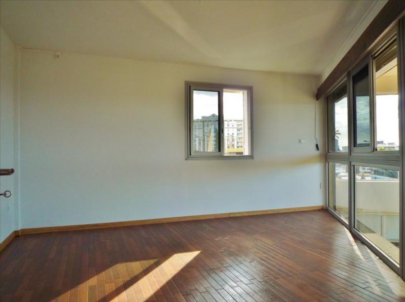 Location appartement Sainte clotilde 720€ CC - Photo 3