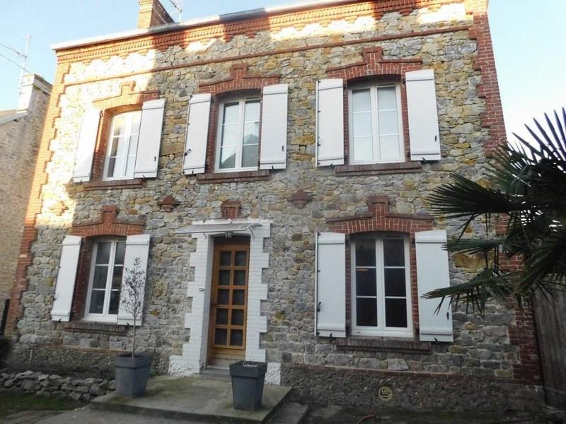 Sale house / villa Montmartin sur mer 249500€ - Picture 1
