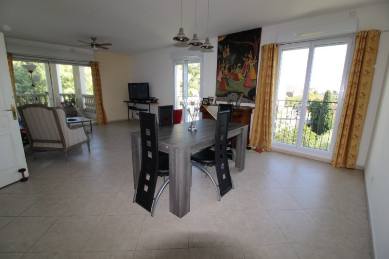 Vente appartement Hyeres 372700€ - Photo 13