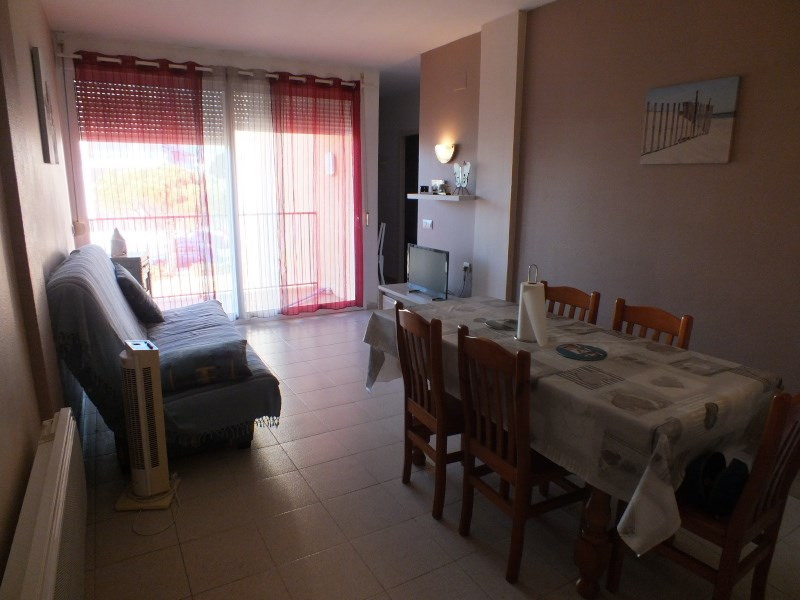 Location vacances appartement Rosas-santa margarita 456€ - Photo 5