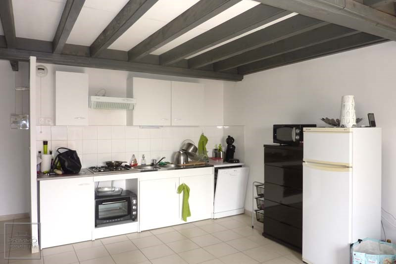 Location appartement Quincieux 735€ CC - Photo 4