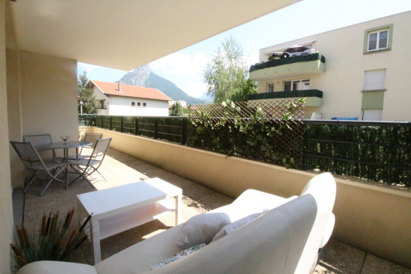 Sale apartment Fontaine 210000€ - Picture 8