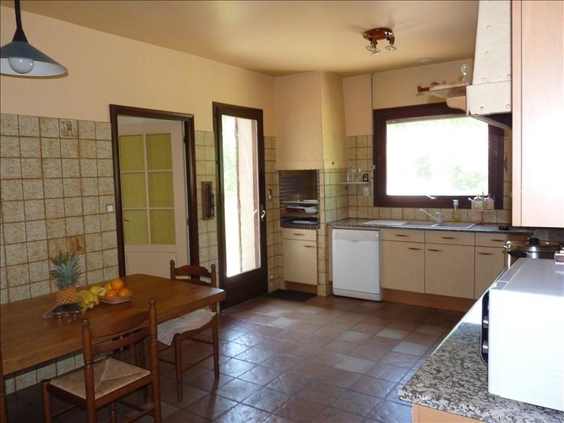 Deluxe sale house / villa Bon encontre 431600€ - Picture 3