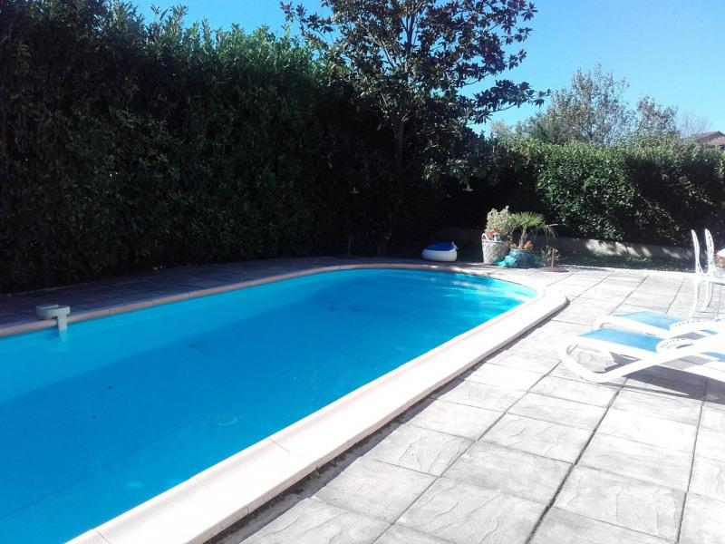 Sale house / villa La buisse 380000€ - Picture 2