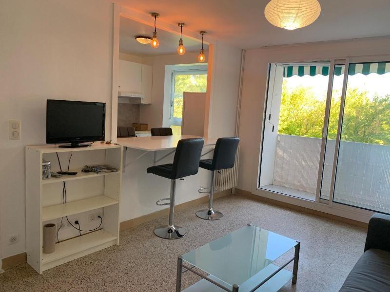 Location appartement Aix en pce 1050€ CC - Photo 4