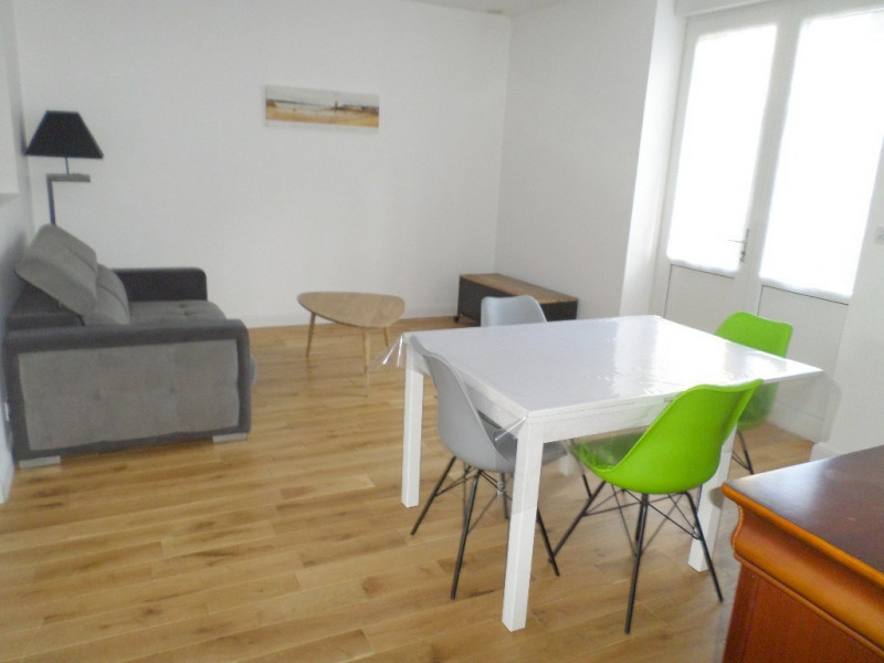 Sale apartment Saint malo 243 800€ - Picture 1