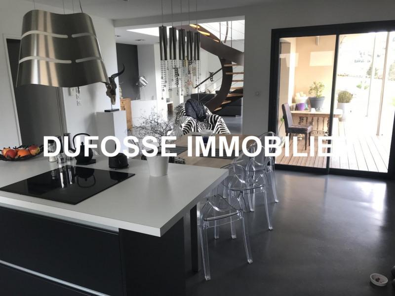 Deluxe sale house / villa Liergues 549000€ - Picture 3