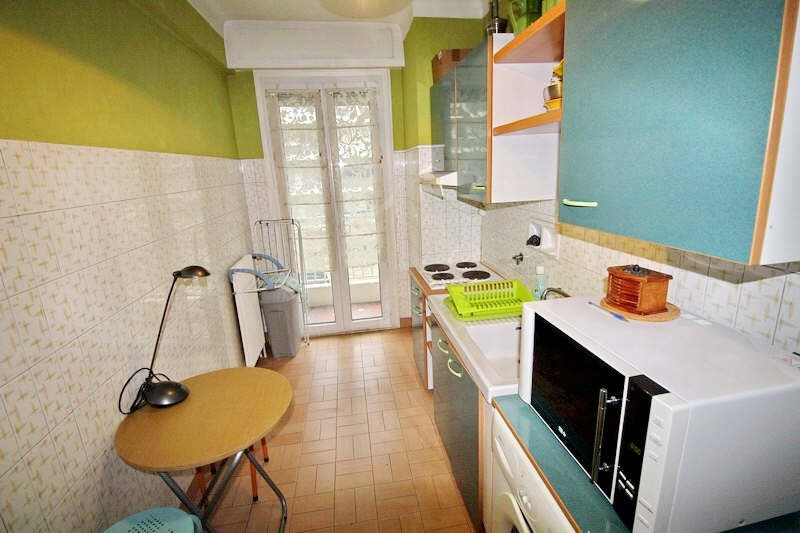 Rental apartment Nice 668€ CC - Picture 3