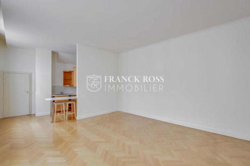 Location appartement Paris 8ème 2323€ CC - Photo 3
