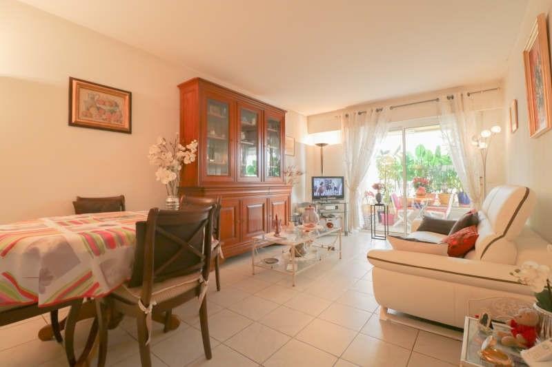 Sale apartment Le cannet 210000€ - Picture 2