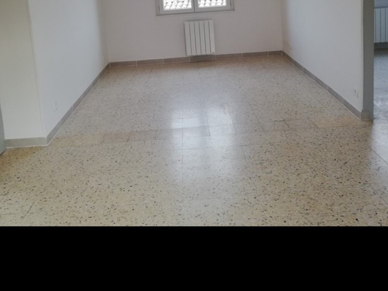Location appartement Marsillargues 580€ CC - Photo 5