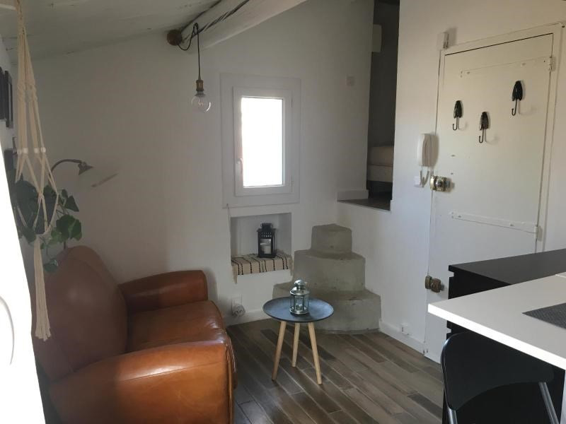 Rental apartment Aix en provence 580€ CC - Picture 1