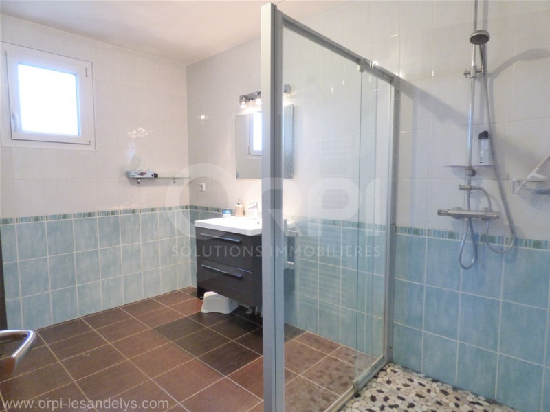 Sale house / villa Pont saint pierre 220000€ - Picture 9