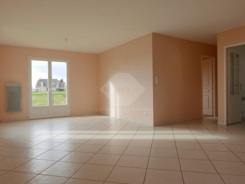 Rental house / villa Menneval 770€ CC - Picture 4