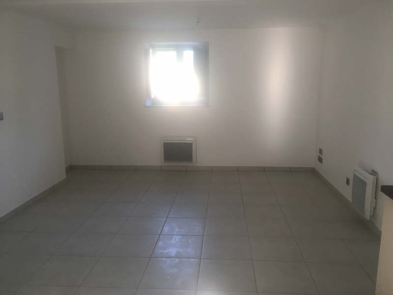 Location appartement Croutelle 15 565€ CC - Photo 5