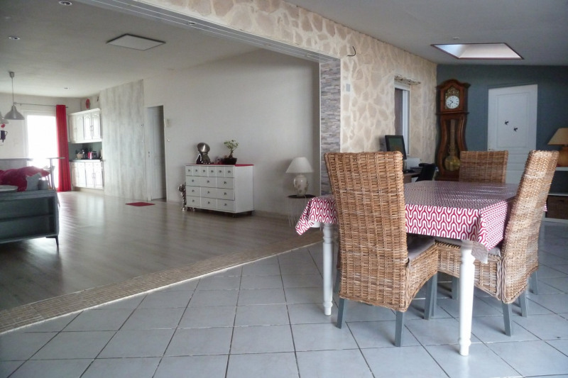 Sale house / villa Croix chapeau 283 500€ - Picture 11