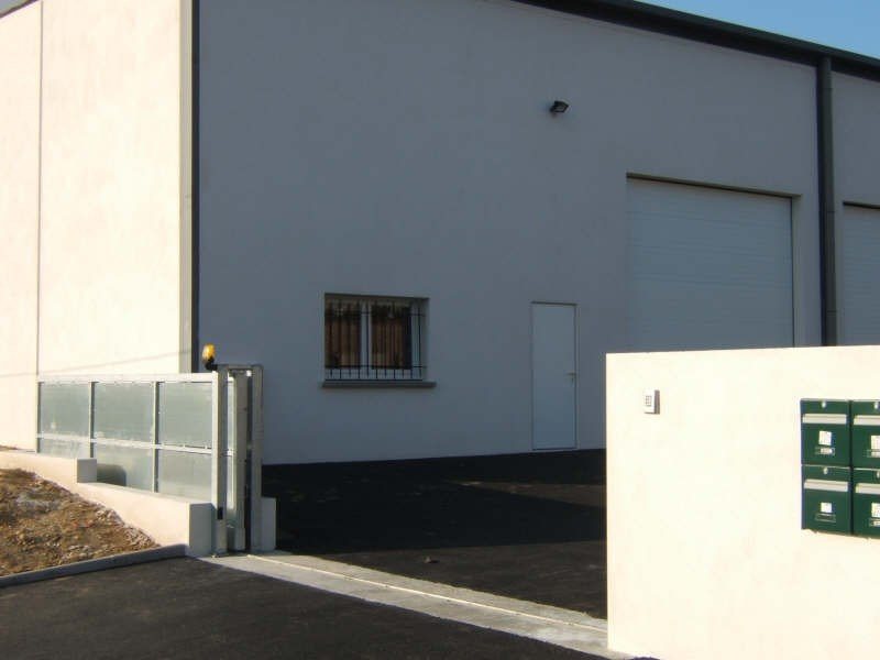 Location local commercial Pont eveque 860€ HT/HC - Photo 2