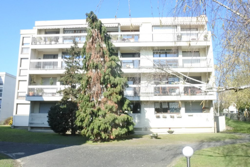 Sale apartment Franconville 212 000€ - Picture 1