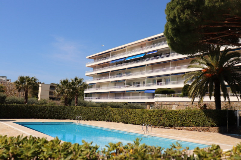 Location vacances appartement Cavalaire-sur-mer 600€ - Photo 1