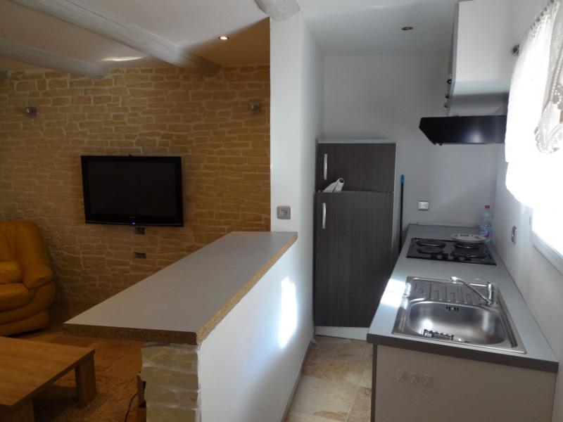 Rental apartment Entraigues sur la sorgue 550€ CC - Picture 2