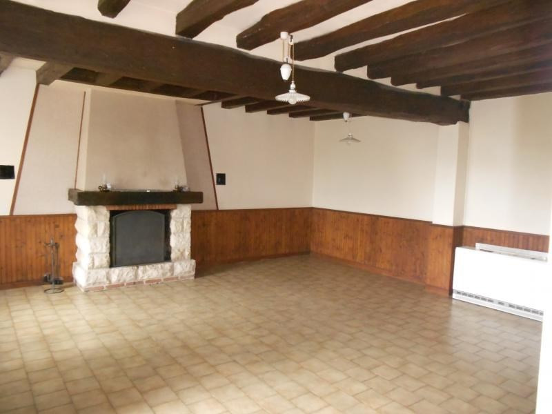 Location maison / villa Danze 550€ CC - Photo 2