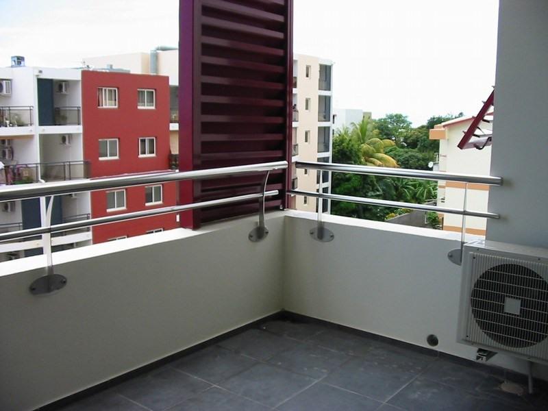 Location appartement St denis 590€ CC - Photo 8